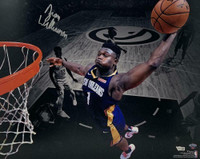 "ZION WILLIAMSON Autographed New Orleans Pelicans ""Dunk"" 16"" x 20"" Photograph FANATICS"