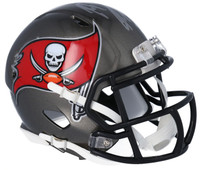 ROB GRONKOWSKI Autographed Tampa Bay Buccaneers Mini Speed Helmet FANATICS