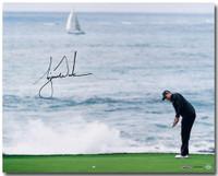 "TIGER WOODS Hand Signed ""Crashing Waves"" 16 x 20 Photograph UDA"