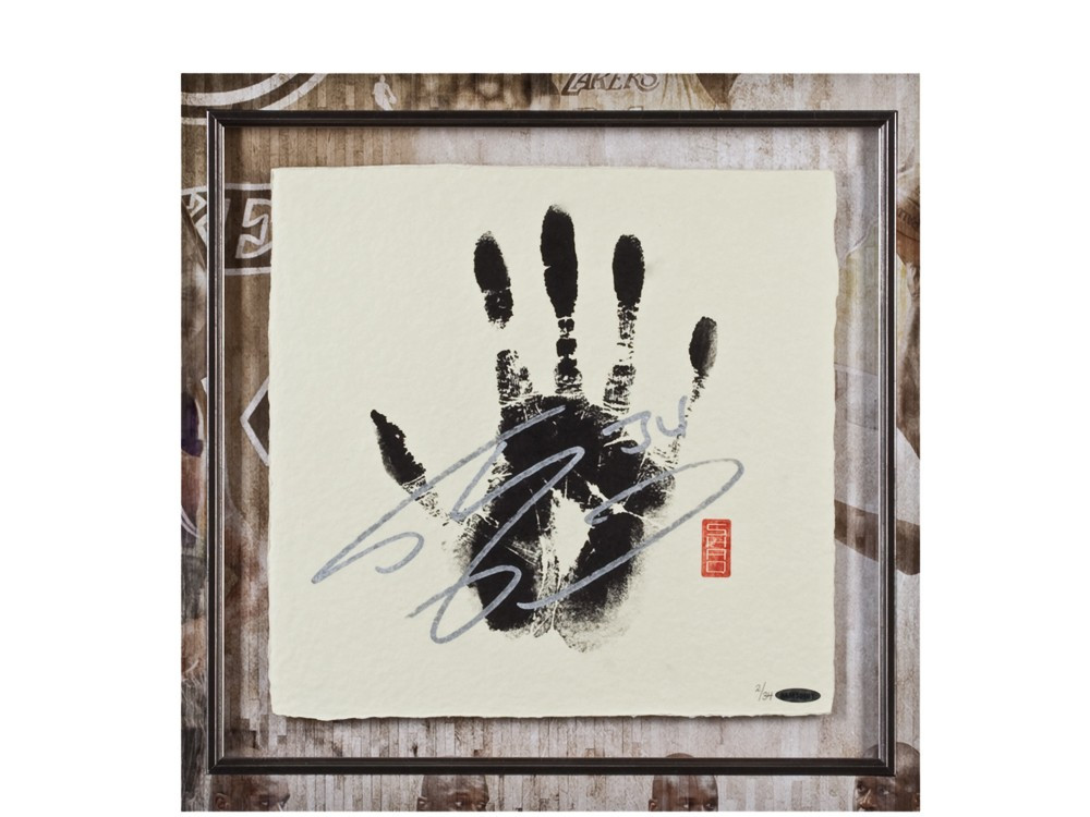 SHAQUILLE O'NEAL Signed LAKERS TEGATA