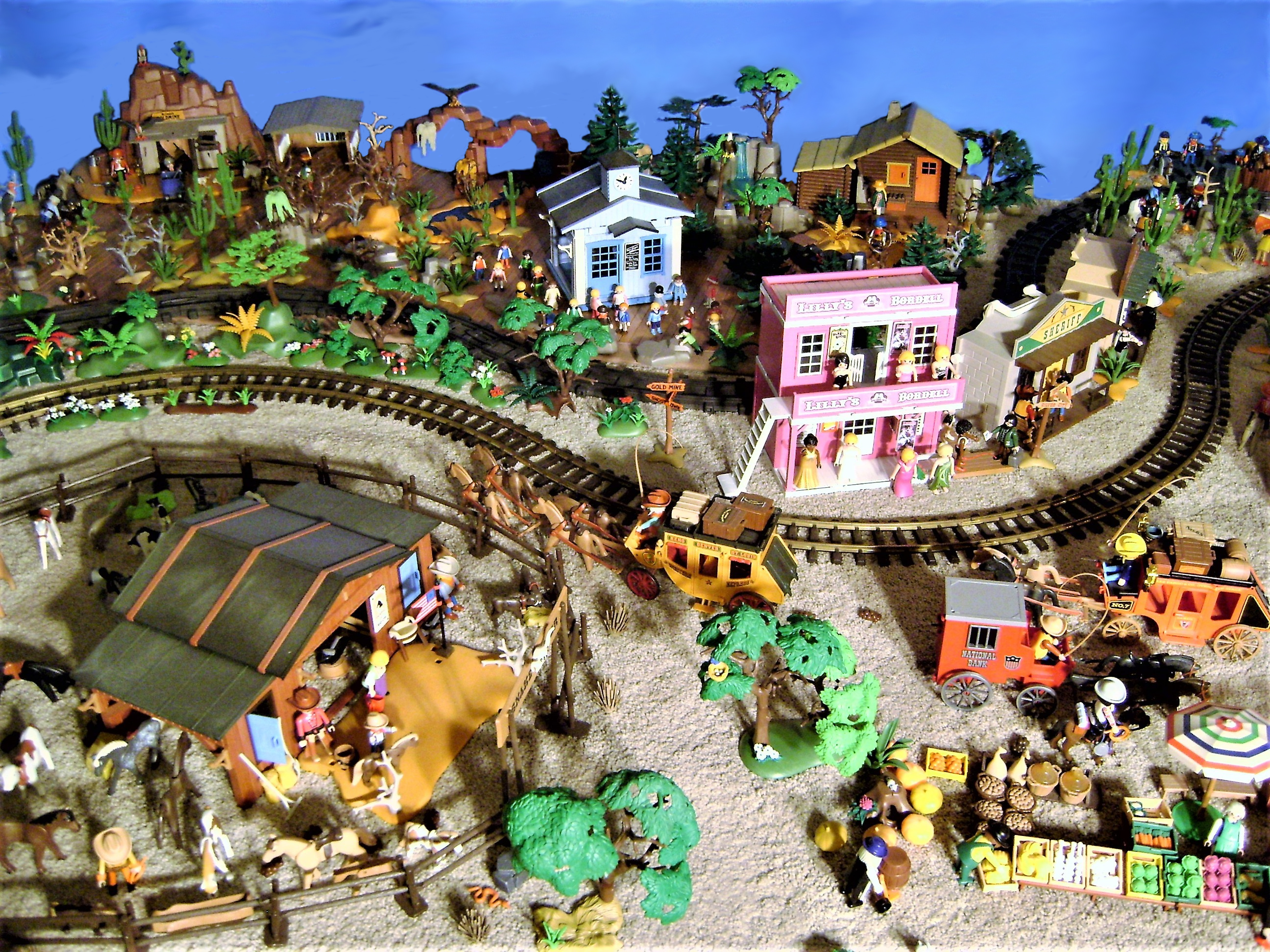 Playmobil Western G Scale Layout - Trains and Toys for Big ... |Playmobil Train Layouts