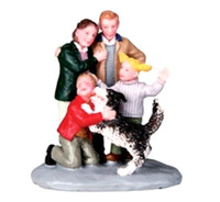 Lemax 02795 A NEW FRIEND Christmas Village Figurine Retired G Scale Figure Dog bcg