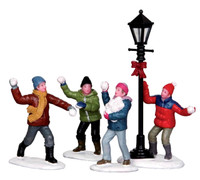 Lemax 32133 SNOWBALL FIGHT! Set of 4 Figurine Christmas Village G Scale Figure bcg