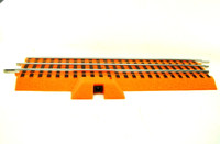 "Lionel ORANGE FASTRACK LIONCHIEF TERMINAL 10"" STRAIGHT Halloween Track O Scale bcg"