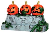 Lemax 44750 EVIL PUMPKINS Spooky Town Accessory Halloween Decor Hear No Evil bcg