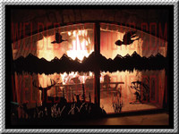 Firescreen with curved arch