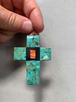 Turquoise cross (111487)