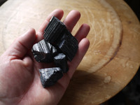 Black tourmaline rough pieces (112339)