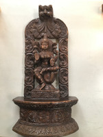 Lakshmi wooden carving (114387)