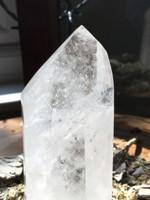 Clear quartz point (114985)