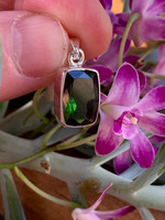 Green Tourmaline set in silver (115814)