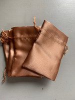 Gold satin pouch (116505)