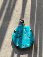 Turquoise set in silver (117586)
