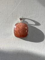 Strawberry quartz set in silver (117682)