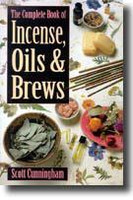 Complete book of Incense, oils and brews (117973)