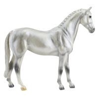 Breyer Horses Pearly Grey Trakehner 1:12 Classic Scale 960