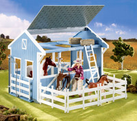 Breyer Horses Classics Country Stable with Wash Stall Classic 1:12 Scale 699