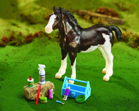 Breyer Horses Grooming Kit 1: 9 Traditional Scale  2075