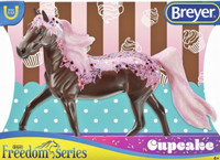 Breyer Horses CupCake Decorator Model 1:12 Classic Scale  62054