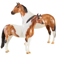 Breyer Horses The Gangsters Tony Da Pony &  Bugsy Maloney Driving Pair 1:9 Scale 1822