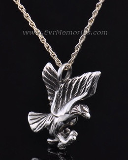 Silver Stately Eagle Jewelry Pendant