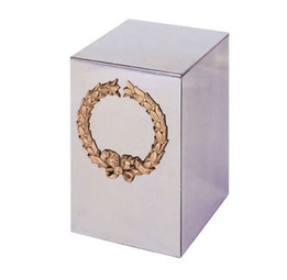 Everett Golden Wreath Urn