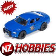 AutoWorld XTRACTION R18 2006 DODGE CHARGER MICHIGAN STATE POLICE SLOT CAR