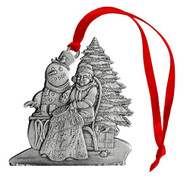 Mrs. Claus with Quilt - Ornament