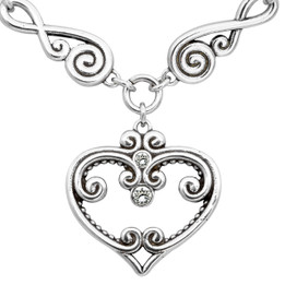 Silver Plated Elegant Love Heart Necklace