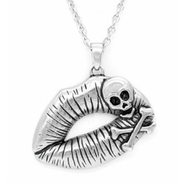 Poisonous Kiss Necklace