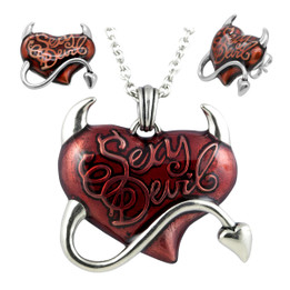 Sexy Devil Red Heart Necklace & Earrings Set