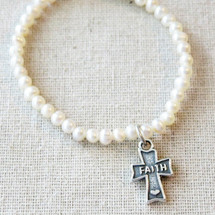 GIRLS FIRST COMMUNION Bracelet Gift, 1st Communion Cultured Pearl Charm Bracelet, Sterling Silver Religious Cross Jewelry, Goddaughter Gift