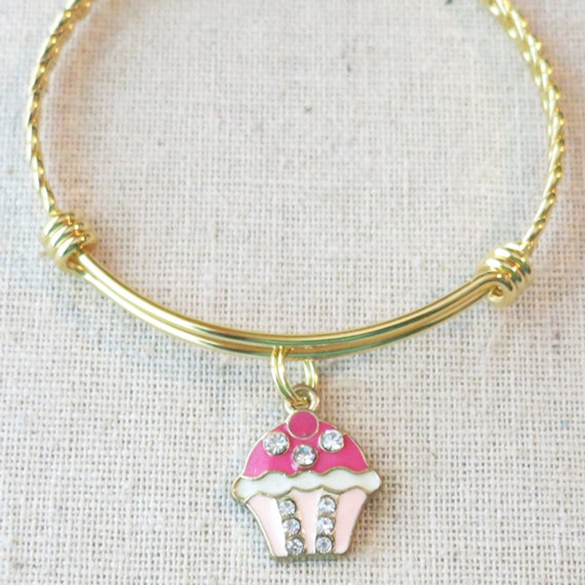 1 PINK AND GOLD ENAMEL RHINESTONE CUP CAKE CLIP ON CHARM FOR CHARM BRACELET