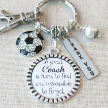 SOCCER COACH Gift, Team Gift for SOCCER Coach, Soccer Team Coach Thank You Gift, Personalized Soccer Quote Coach Appreciation Keychain