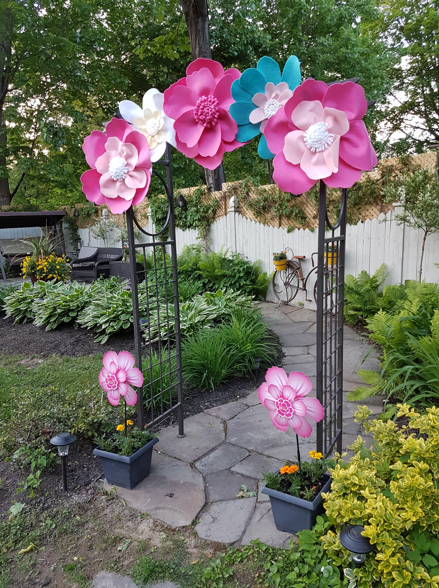 6d3570d5d48 One of my granddaughters just celebrated her third birthday. I used pea pod  trim to make centers for giant felt flowers. I also used the trim in some  of the ...