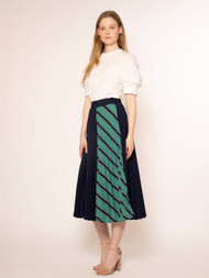 Stripe Side Point Pleat Skirt