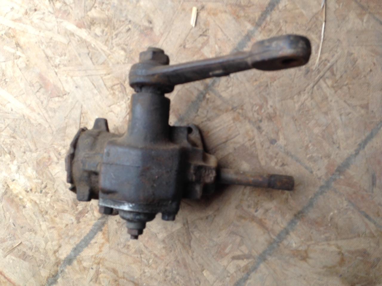 Used manual saginaw steering gears