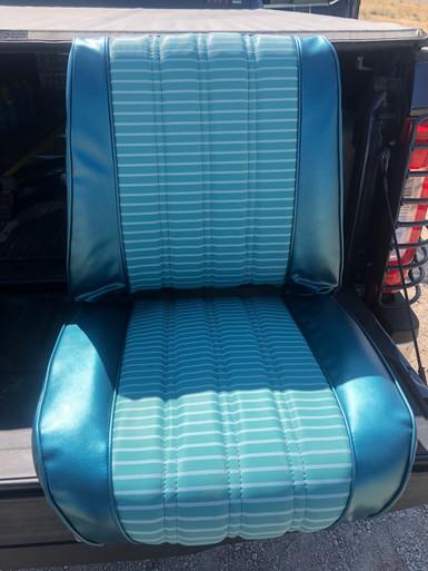 jeepster commando Custom pattern Turquoise seat