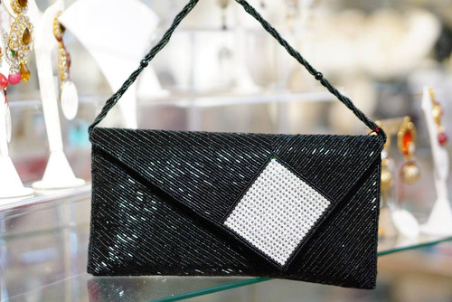 Black pearl purse