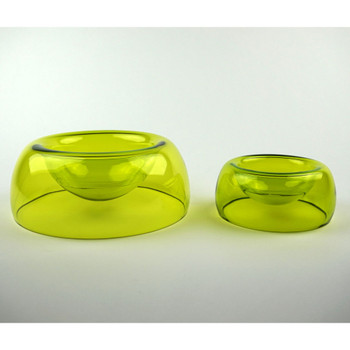 Small bowl shown with Medium Dog Bowl (Sold Separately)