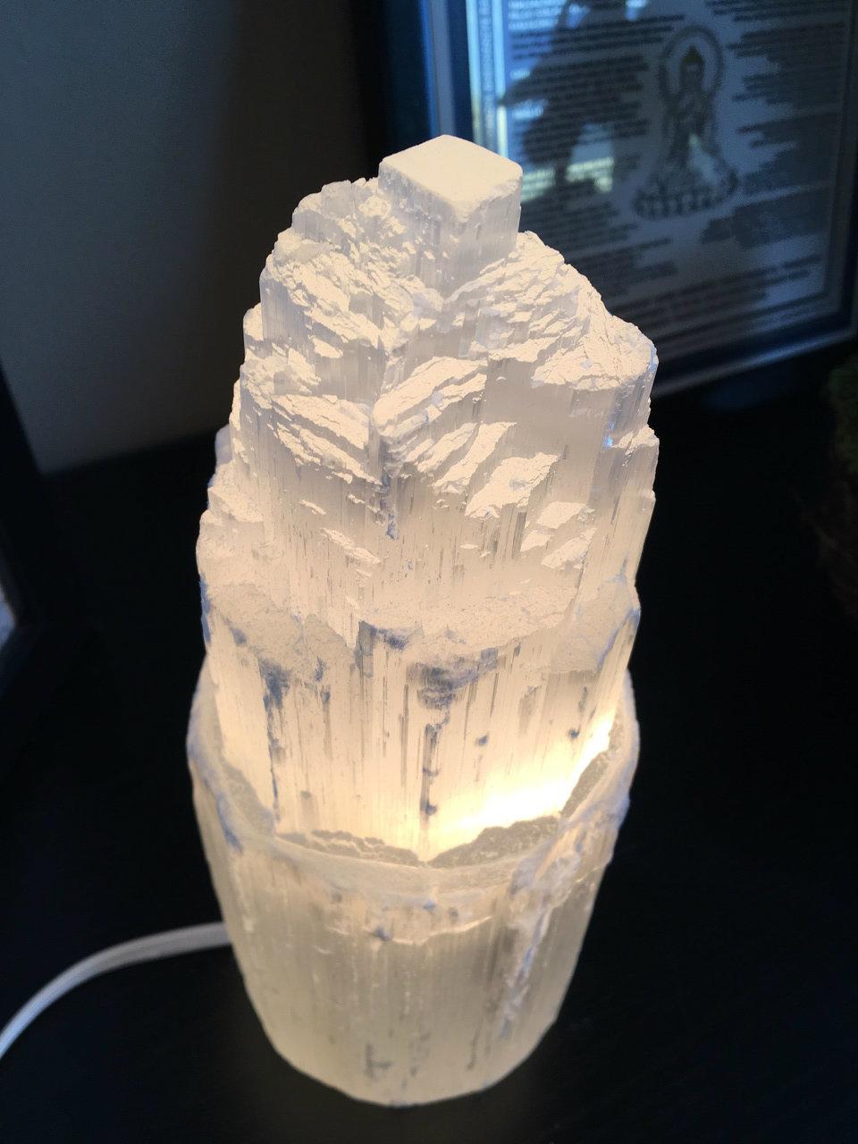 selenite salt lamp