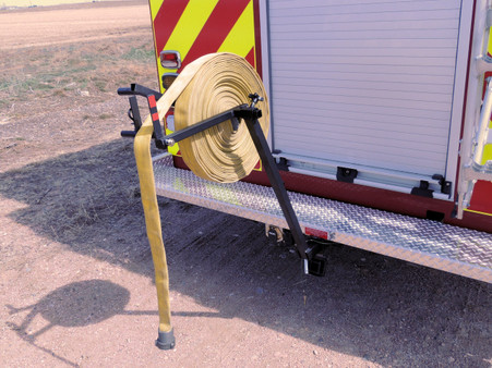 Rolling hose just became fun! Mount the MC 65 to the trailer hitch and make short work of that pile of dirty hose.