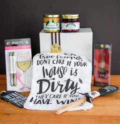 Cherchies Friends and Wine Gourmet Gift Collection
