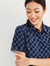 Womens Easy Stretch Daisy Print Short Sleeve Shirt