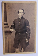 Full view CDV image of a Civil War Union sergeant