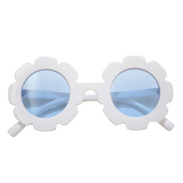 Blueberry Bay Flower Sunnies Sunglasses - White