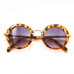 Blueberry Bay Round Sunnies Sunglasses - Brown