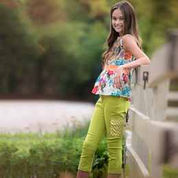 Persnickety Forget Me Not Colbie Capri - Green