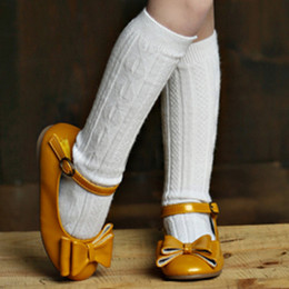 Jefferies Socks  Classic Cable Knee High Socks - White