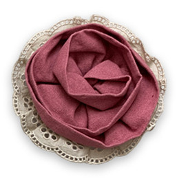 Little Prim Honeycomb Rose Clip - Rose